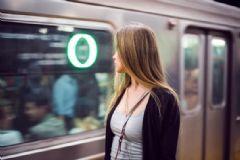 滑板可以带到地铁上吗?滑板是地铁禁止携带的吗?[多图]