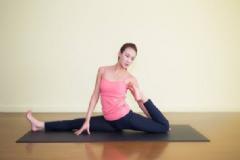 瘦手臂做什么瑜伽动作?如何按摩能瘦手臂?[多图]