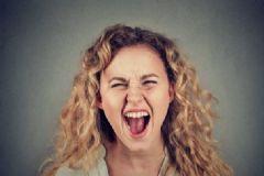生气对身体有何危害?哪些食物可缓解心情?[图]
