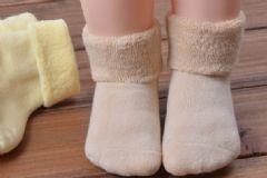 宝宝穿多大袜子合适?怎么挑选宝宝的袜子?[图]