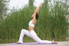 更年期练瑜伽好吗?更年期练瑜伽好不好?[图]
