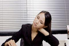 什么习惯会加重颈椎问题?颈椎病怎么缓解?[图]