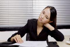 落枕是颈椎病吗?落枕与颈椎病的区别?[图]