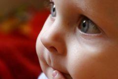 小孩有黑眼圈是怎么回事?小孩长黑眼圈怎么办?[多图]