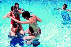 游泳会不会传染艾滋病?游泳会被传染艾滋病吗?[多图]