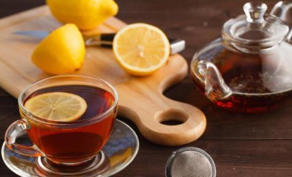 绿茶和红茶谁更有益身体 绿茶和红茶不同的适用人群