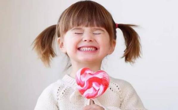 孩子爱吃糖易得甜食综合征 控制宝宝吃甜食妙招