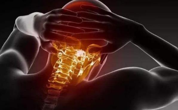 预防颈椎病从日常生活着手 预防应选个合适的枕头