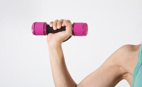 类风湿关节炎日常护理法 锻炼常做关节拉伸运动