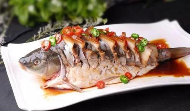 吃鱼虽好,但这5种鱼真的别买啦,太脏了,吃完对身体有害