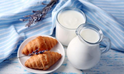 喝牛奶有什么好处?怎样喝牛奶更健康?