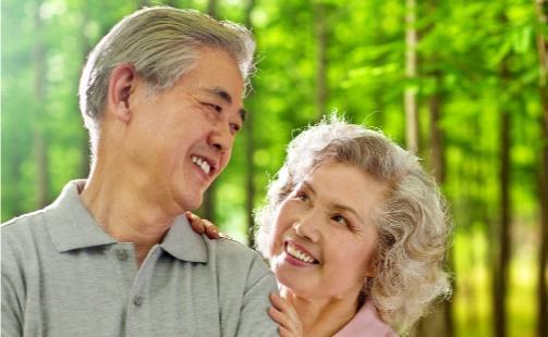 老年人严重贫血原因是什么?老人贫血吃什么补血?