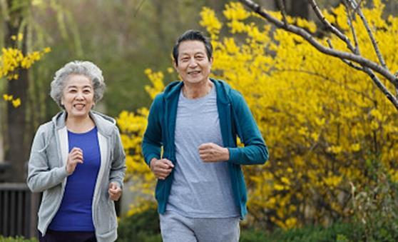 老人慢跑有什么好处?老人慢跑需注意什么?