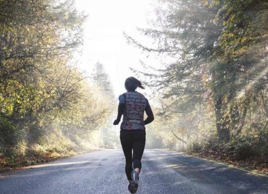 跑步跟腱疼要多久能好?跑步怎么保护膝盖?
