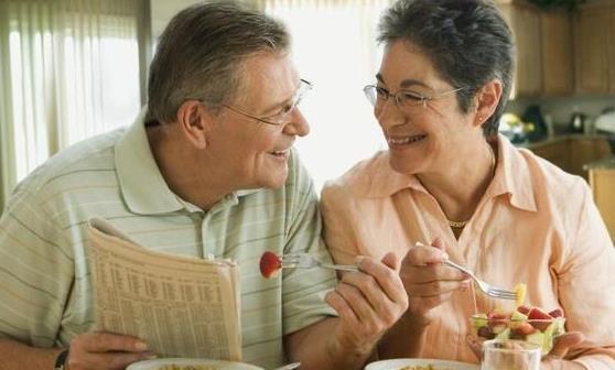 老年人健康减肥 控制饮食是中老年人减肥最基本措施
