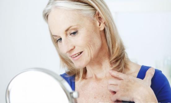 老年斑是怎么形成的?如何预防老年斑?